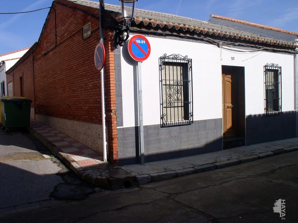 Piso en venta en Peñarroya-pueblonuevo, Córdoba, Calle del Carnaval, 51.000 €, 3 habitaciones, 1 baño, 130 m2