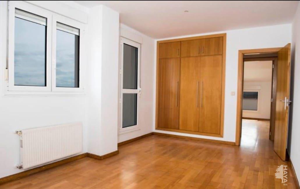 Piso en venta en Piso en Santander, Cantabria, 121.500 €, 3 habitaciones, 2 baños, 96 m2