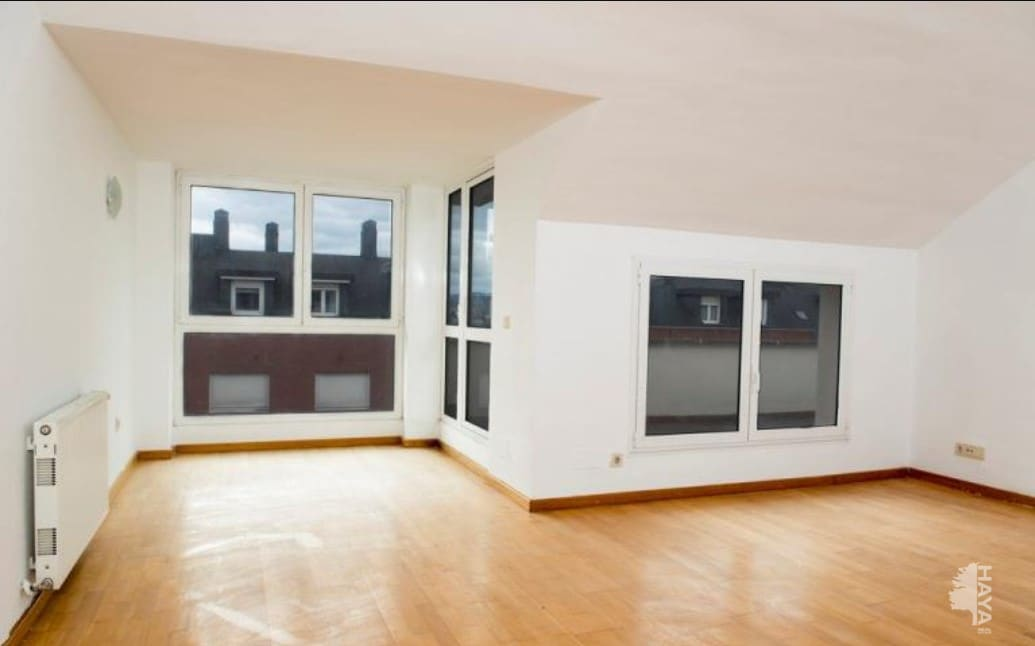 Piso en venta en Santander, Cantabria, Avenida Nueva Montaña, 125.400 €, 3 habitaciones, 2 baños, 97 m2