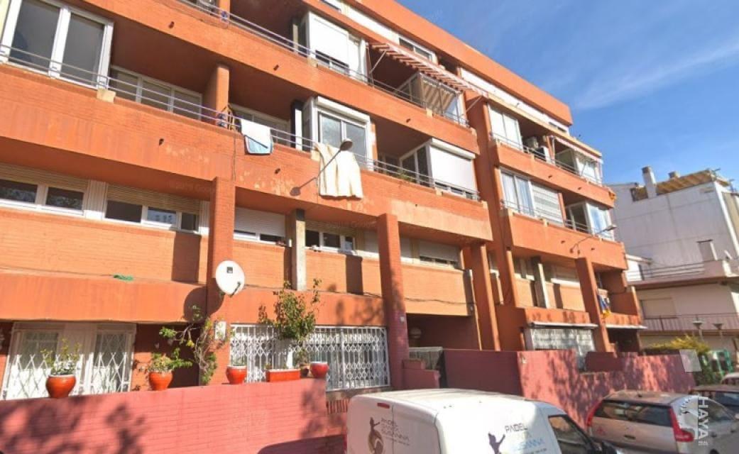 Piso en venta en Pineda de Mar, Barcelona, Calle Verdaguer, 161.400 €, 4 habitaciones, 2 baños, 106 m2