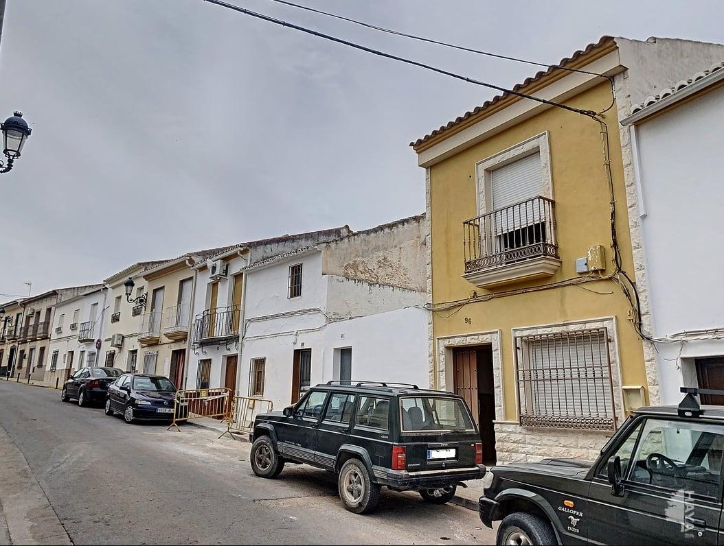 Casa en venta en Baena, Córdoba, Calle Baena, 110.400 €, 3 habitaciones, 2 baños, 178 m2