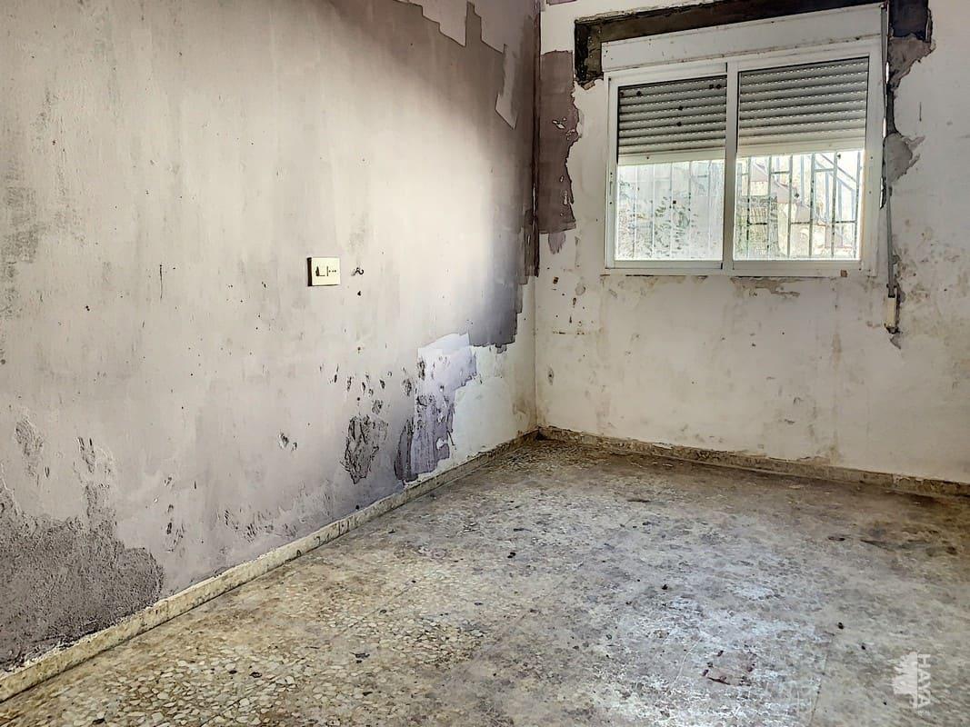 Piso en venta en Piso en Palma del Río, Córdoba, 107.400 €, 4 habitaciones, 1 baño, 157 m2