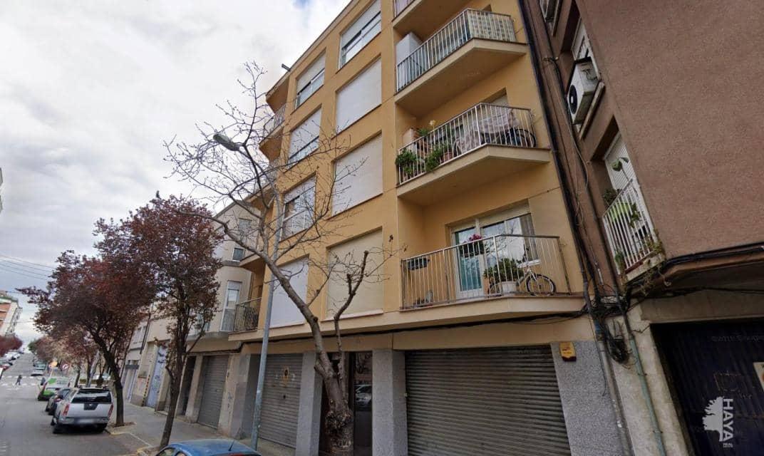 Piso en venta en Vallparadís, Terrassa, Barcelona, Calle Doctor Pearson, 135.800 €, 4 habitaciones, 1 baño, 74 m2