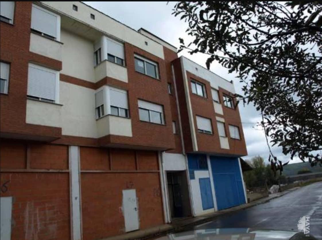 Piso en venta en Santa Colomba de Curueño, León, Calle Camino Devesa-bn, 62.600 €, 3 habitaciones, 1 baño, 93 m2