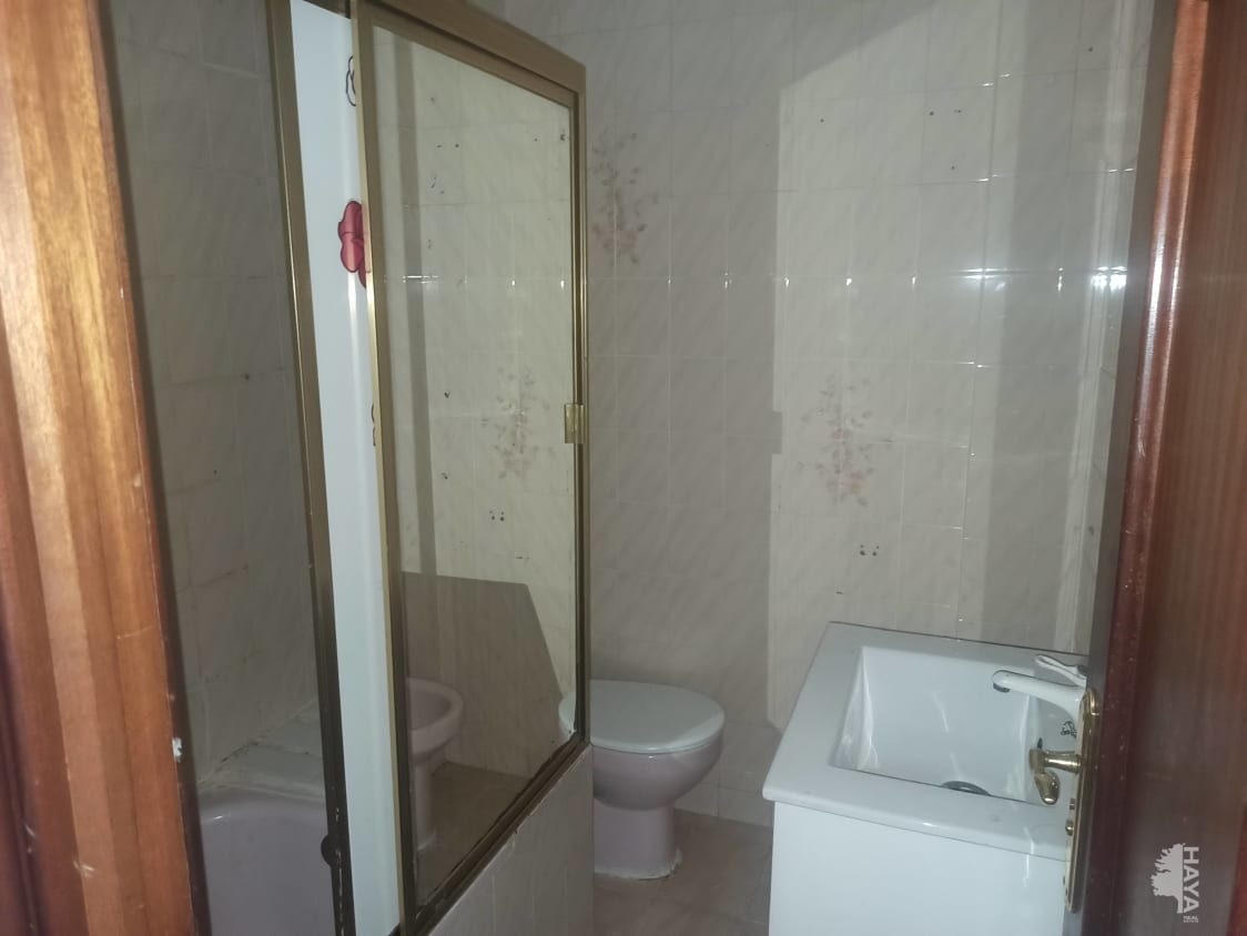 Piso en venta en Piso en Alcorcón, Madrid, 127.000 €, 3 habitaciones, 1 baño, 72 m2