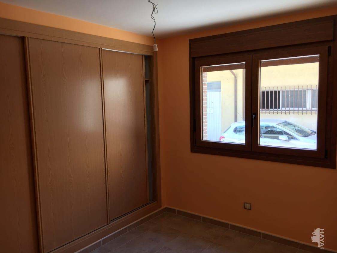 Piso en venta en Piso en Arenas de San Pedro, Ávila, 77.000 €, 3 habitaciones, 2 baños, 99 m2, Garaje