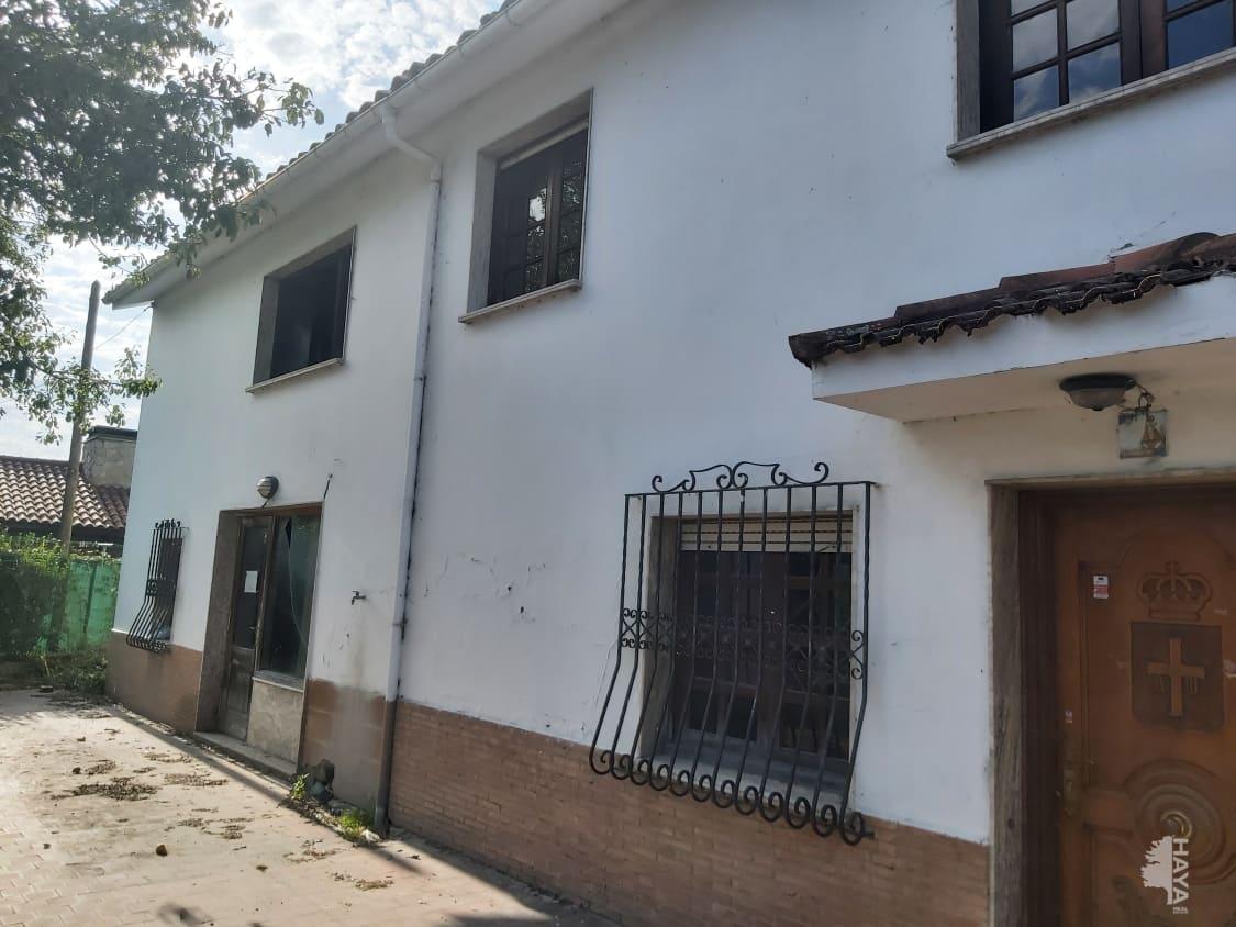 Casa en venta en Cangas del Narcea, Asturias, Calle Novalin, 103.941 €, 5 habitaciones, 1 baño, 182 m2