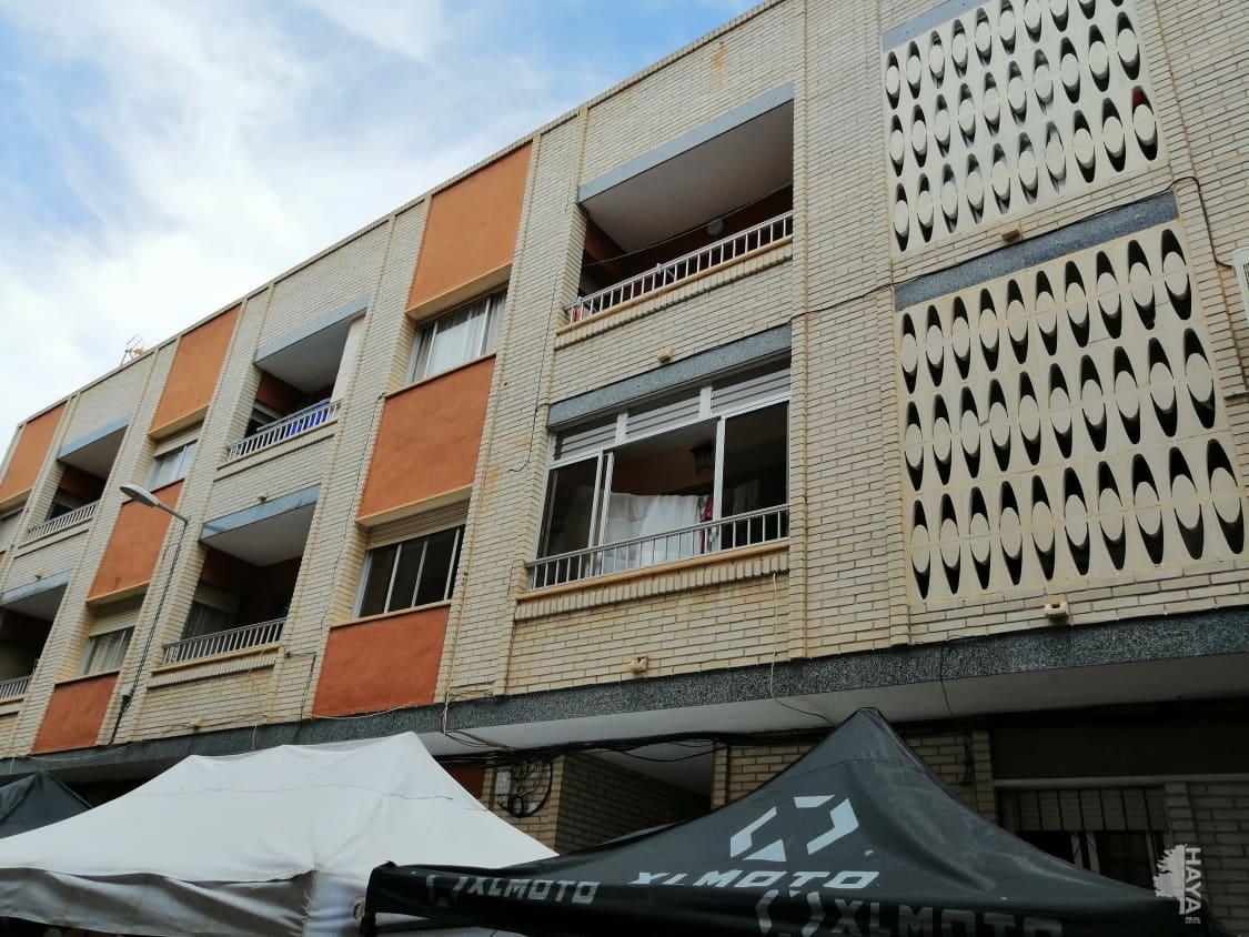 Piso en venta en Las Esperanzas, Pilar de la Horadada, Alicante, Calle Reyes Católicos, 73.000 €, 3 habitaciones, 1 baño, 119 m2