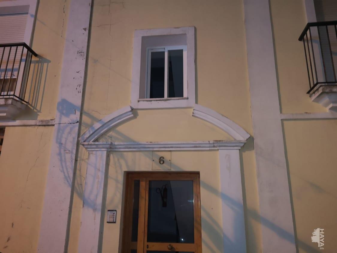 Piso en venta en Benalup-casas Viejas, Benalup-casas Viejas, Cádiz, Calle Barbate, 59.000 €, 3 habitaciones, 1 baño, 93 m2