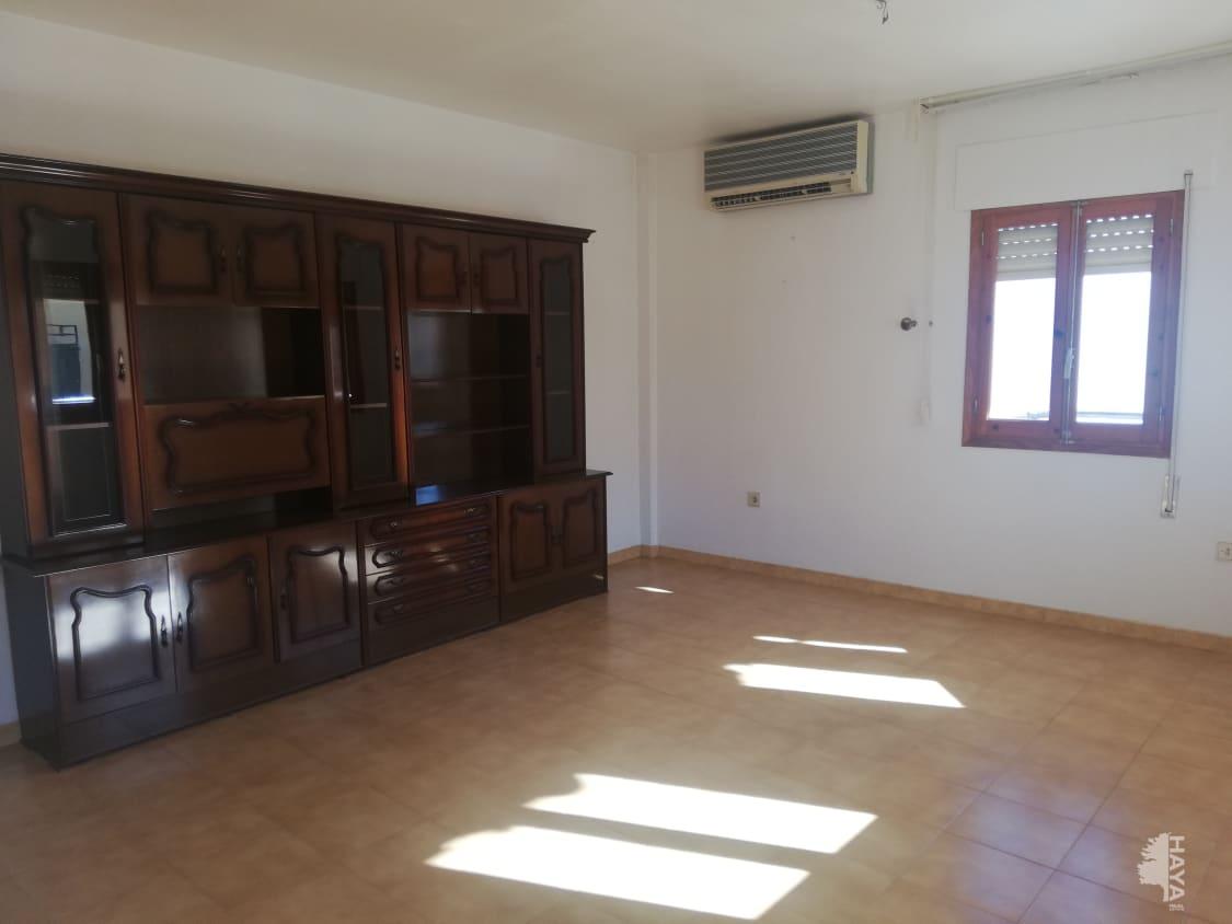 Piso en venta en Cuevas del Almanzora, Almería, Calle Mayor, 73.000 €, 4 habitaciones, 2 baños, 114 m2