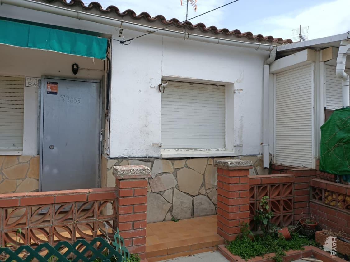 Casa en venta en La Vinya Vella, Esparreguera, Barcelona, Calle Masia (la), 74.700 €, 3 habitaciones, 1 baño, 150 m2