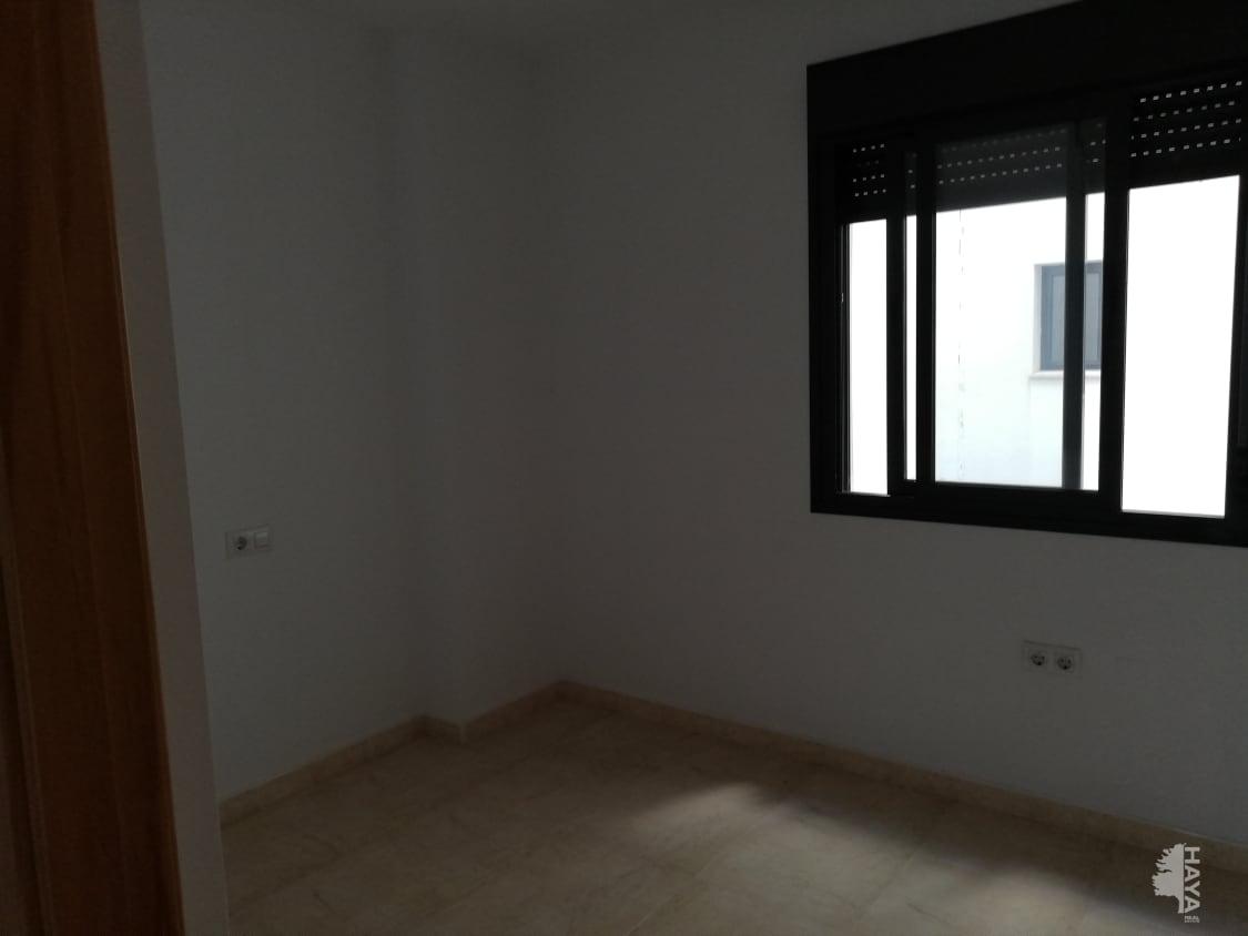 Piso en venta en Piso en Algeciras, Cádiz, 115.700 €, 3 habitaciones, 2 baños, 108 m2