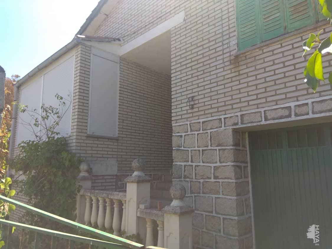 Casa en venta en El Tiemblo, Ávila, Calle Burguillo, 97.700 €, 3 habitaciones, 1 baño, 130 m2