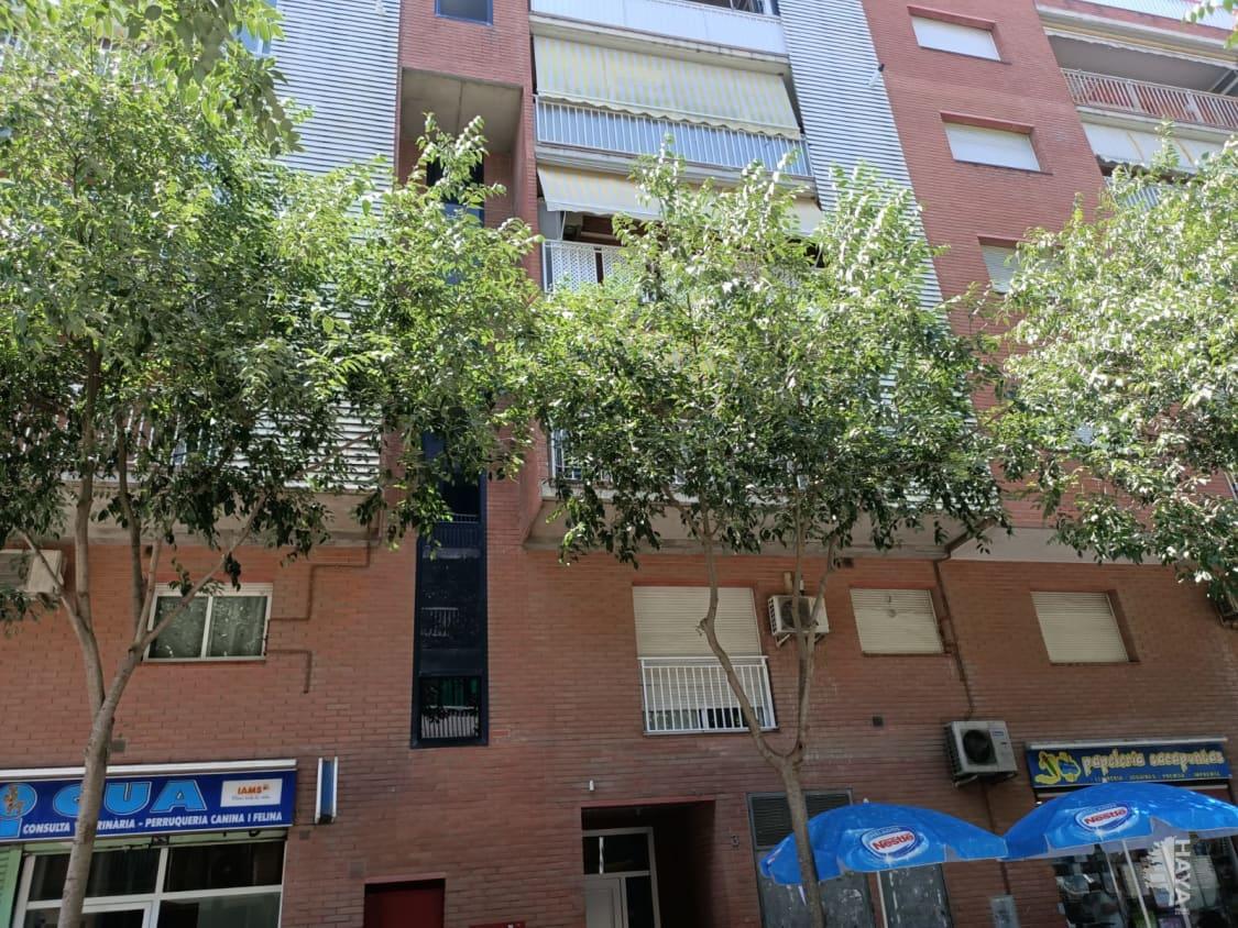 Piso en venta en Sant Andreu de la Barca, Barcelona, Avenida Guatemala, 176.400 €, 3 habitaciones, 1 baño, 92 m2