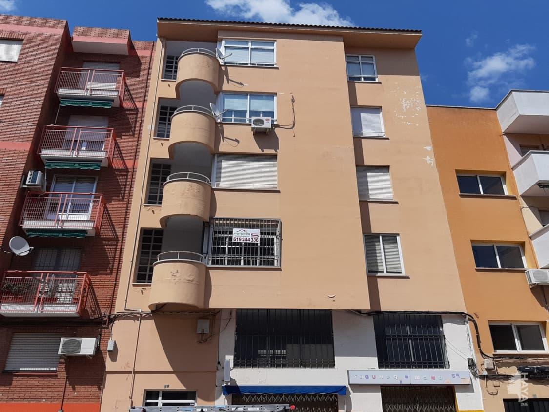 Piso en venta en San Roque, Badajoz, Badajoz, Calle Corte de Peleas, 112.700 €, 3 habitaciones, 2 baños, 102 m2