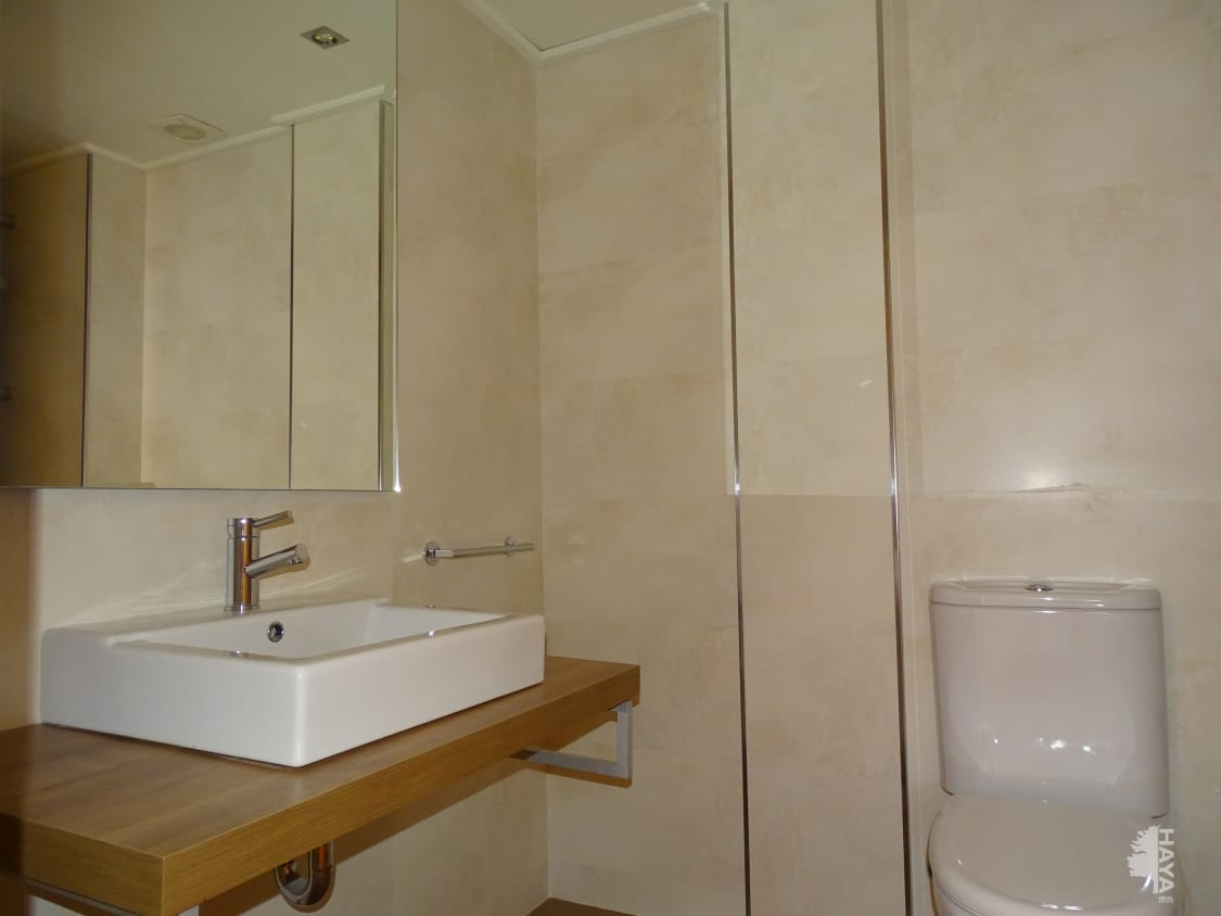 Casa en venta en Casa en Vilafant, Girona, 260.000 €, 4 habitaciones, 2 baños, 220 m2