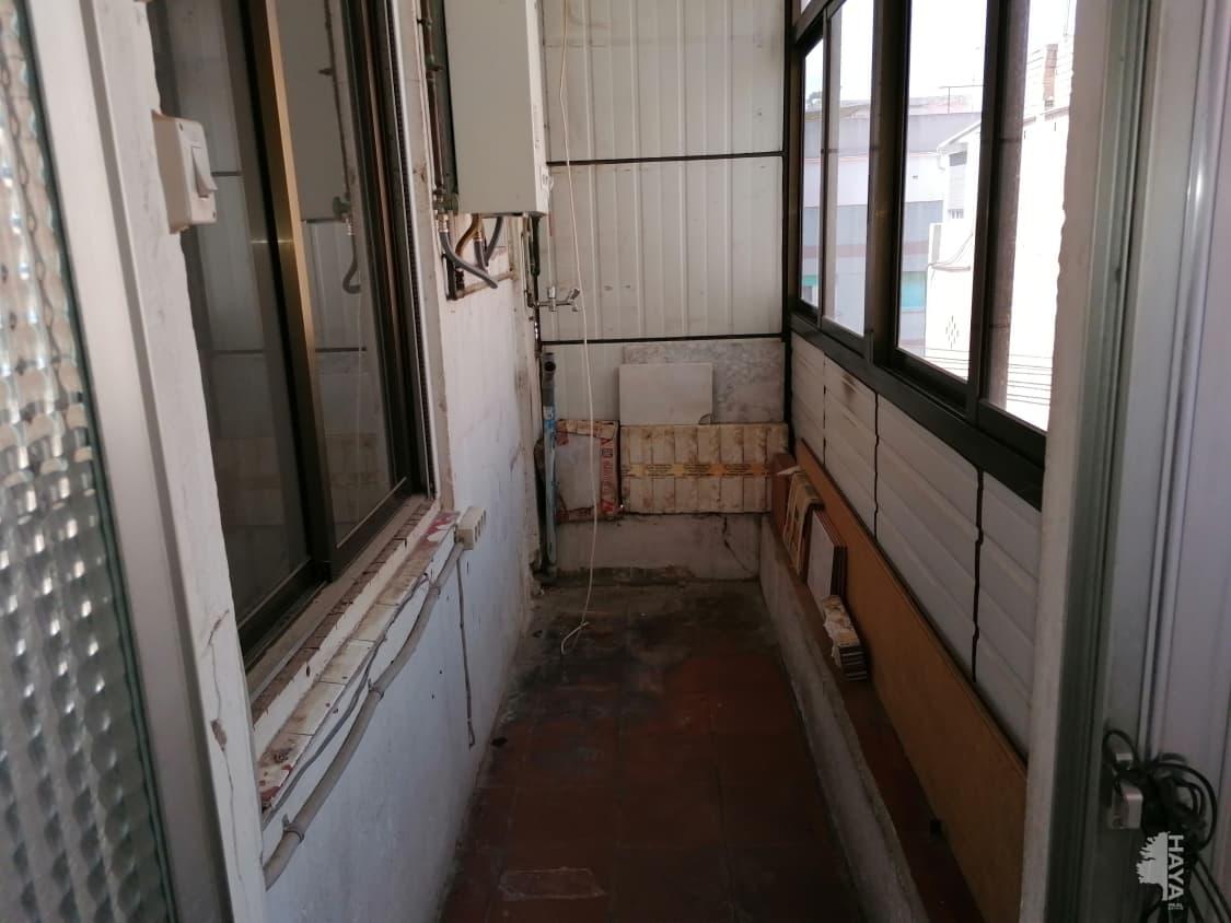 Piso en venta en Piso en Santa Coloma de Gramenet, Barcelona, 109.600 €, 2 habitaciones, 1 baño, 67 m2