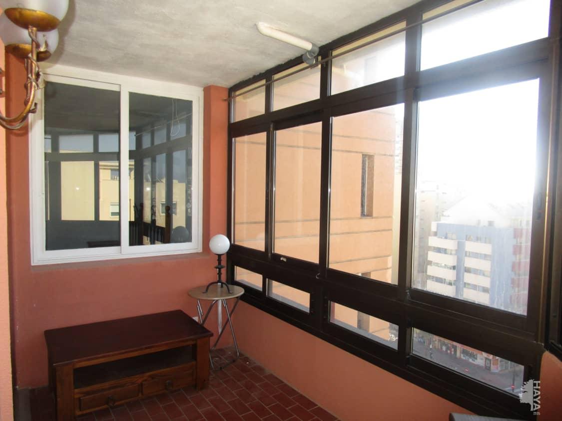 Piso en venta en Piso en Fuengirola, Málaga, 129.400 €, 1 habitación, 1 baño, 58 m2