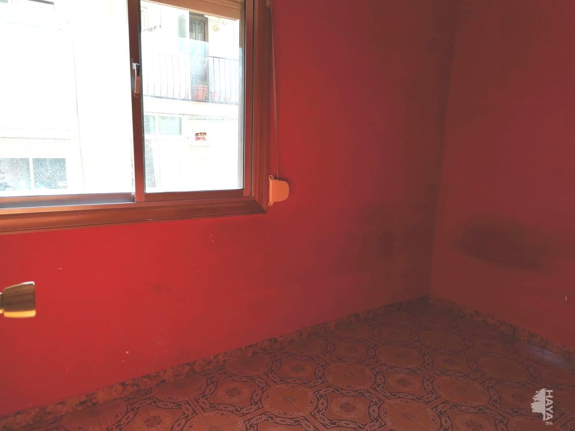 Piso en venta en Piso en Santa Coloma de Gramenet, Barcelona, 91.200 €, 3 habitaciones, 1 baño, 65 m2