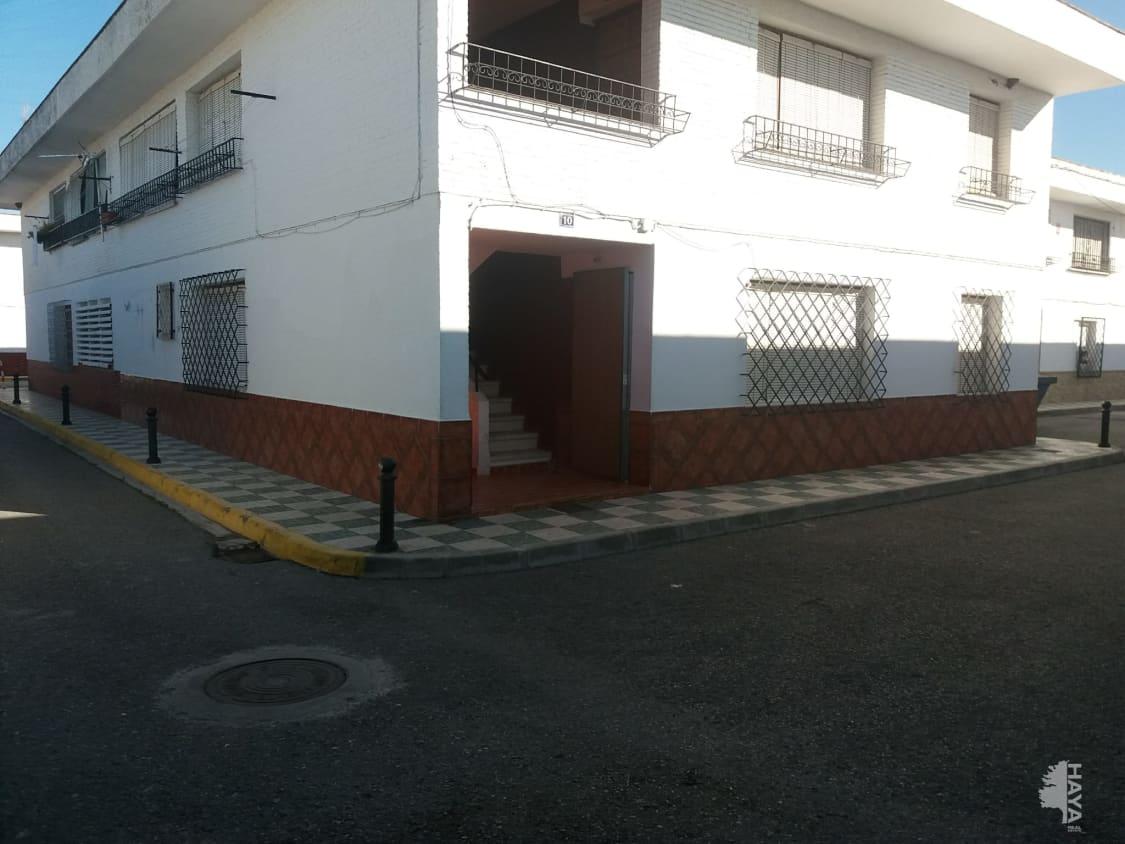 Casa en venta en Fuente Vaqueros, Granada, Calle Ronda del Cuarto, 93.700 €, 4 habitaciones, 1 baño, 138 m2