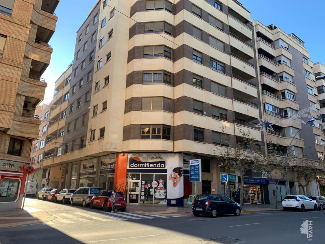 Piso en venta en Vila-real, Castellón, Calle Av Francesc Tarrega, 112.700 €, 4 habitaciones, 2 baños, 148 m2