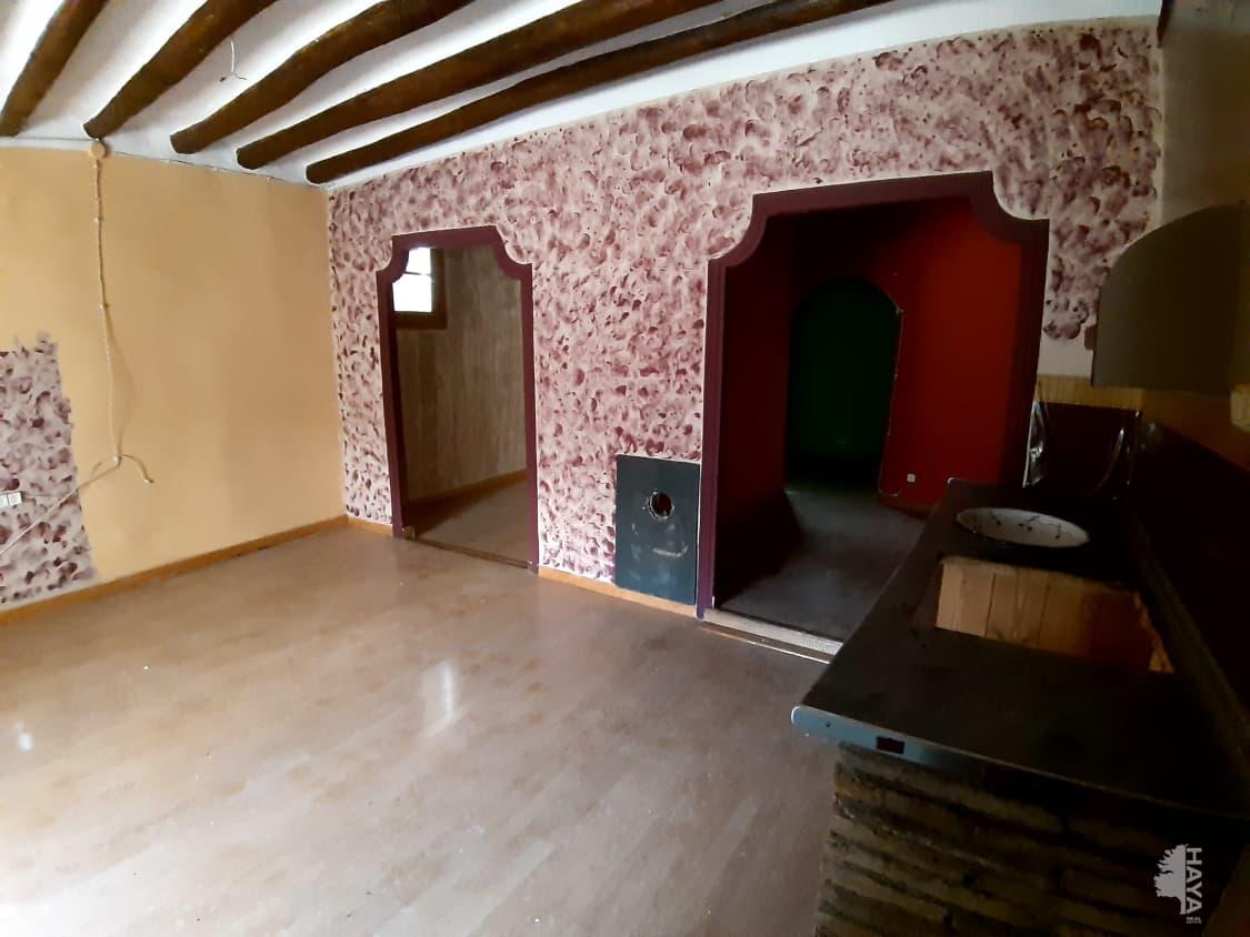 Piso en venta en Piso en Santa Eulalia de Gállego, Zaragoza, 215.500 €, 4 habitaciones, 1 baño, 421 m2