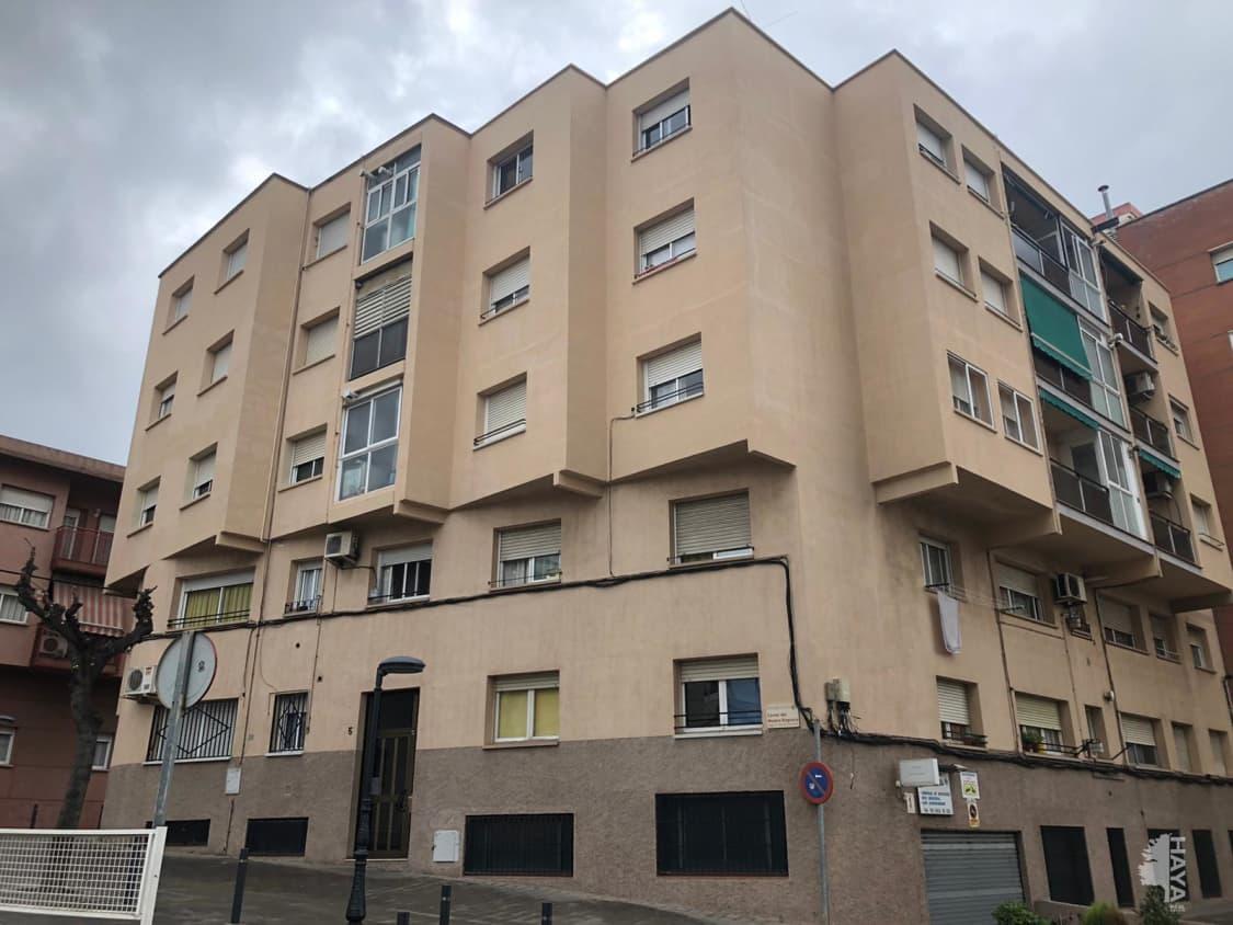 Piso en venta en Sant Andreu de la Barca, Barcelona, Calle Mestre Reguera, Bajo, 86.000 €, 2 habitaciones, 1 baño, 58 m2