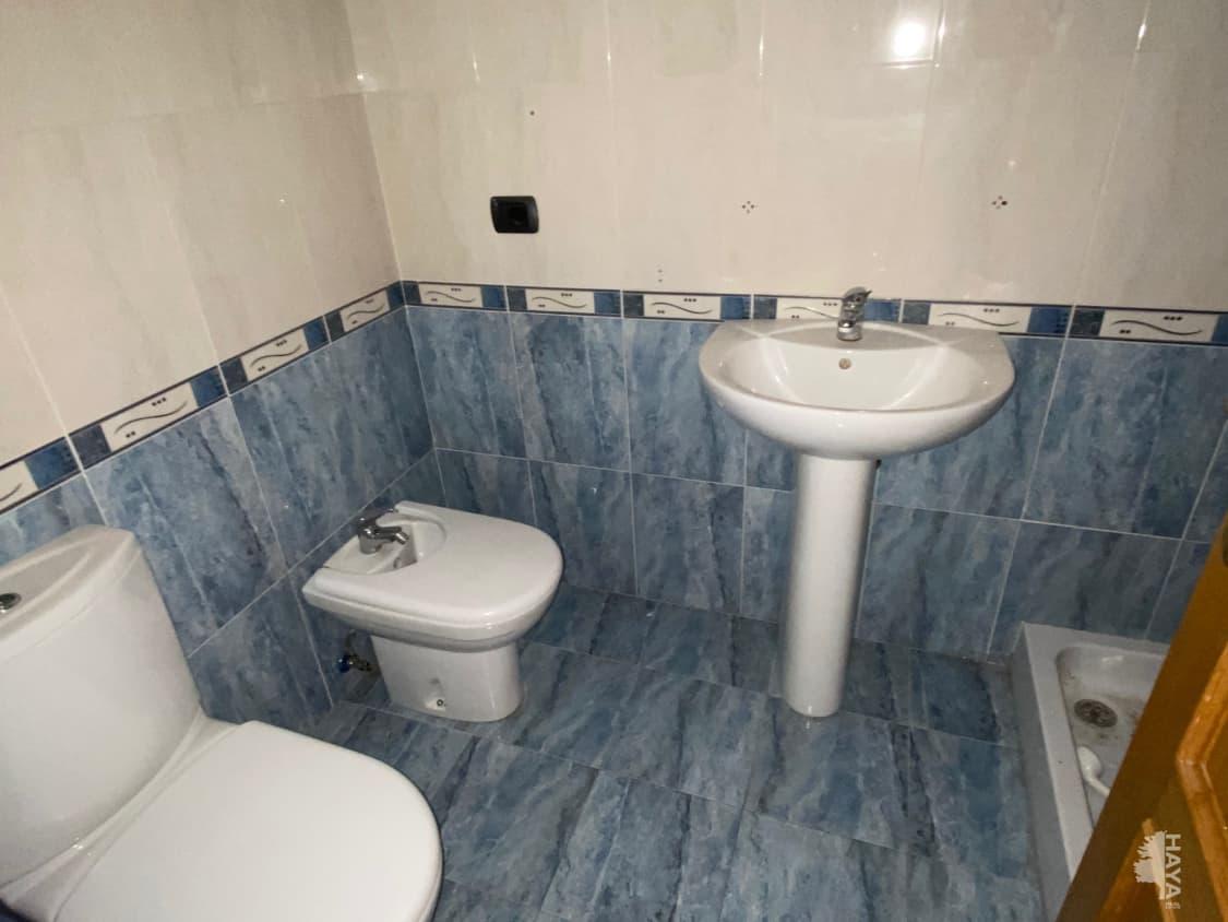 Piso en venta en Piso en L` Alcora, Castellón, 65.000 €, 3 habitaciones, 2 baños, 112 m2