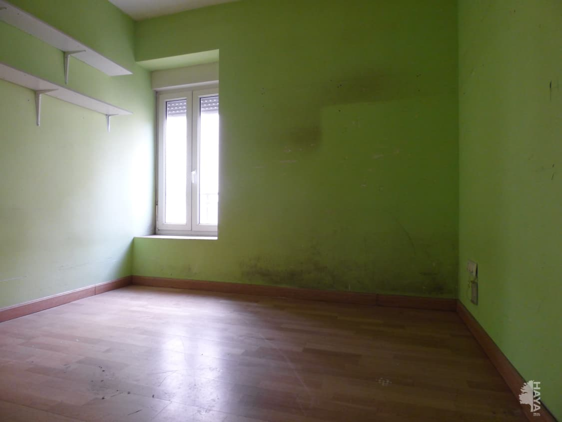 Piso en venta en Piso en Ávila, Ávila, 59.250 €, 3 habitaciones, 1 baño, 79 m2