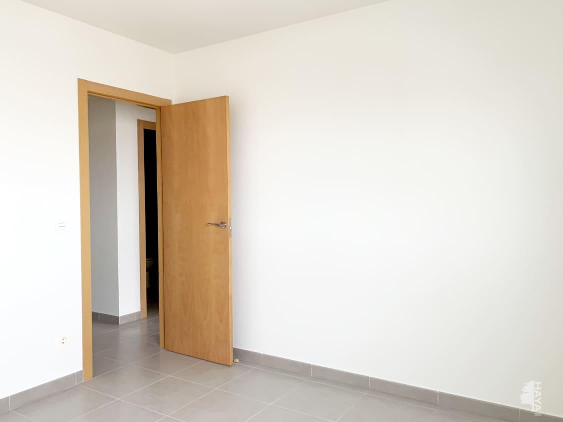 Piso en venta en Piso en Vinaròs, Castellón, 103.000 €, 4 habitaciones, 2 baños, 132 m2