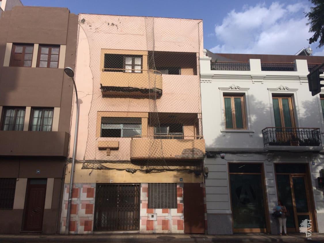 Piso en venta en Piso en Santa Cruz de Tenerife, Santa Cruz de Tenerife, 185.400 €, 1 baño, 142 m2
