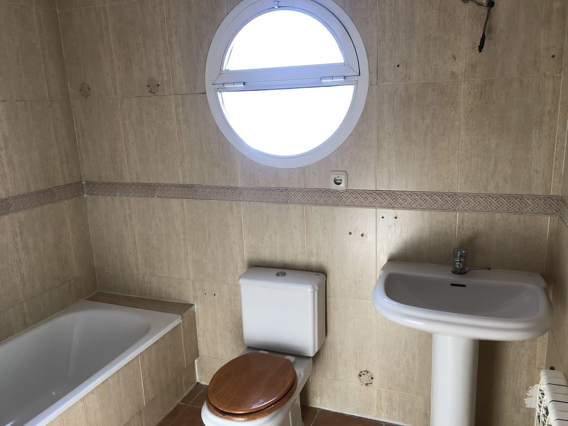 Casa en venta en Casa en Tomelloso, Ciudad Real, 82.250 €, 3 habitaciones, 2 baños, 188 m2, Garaje