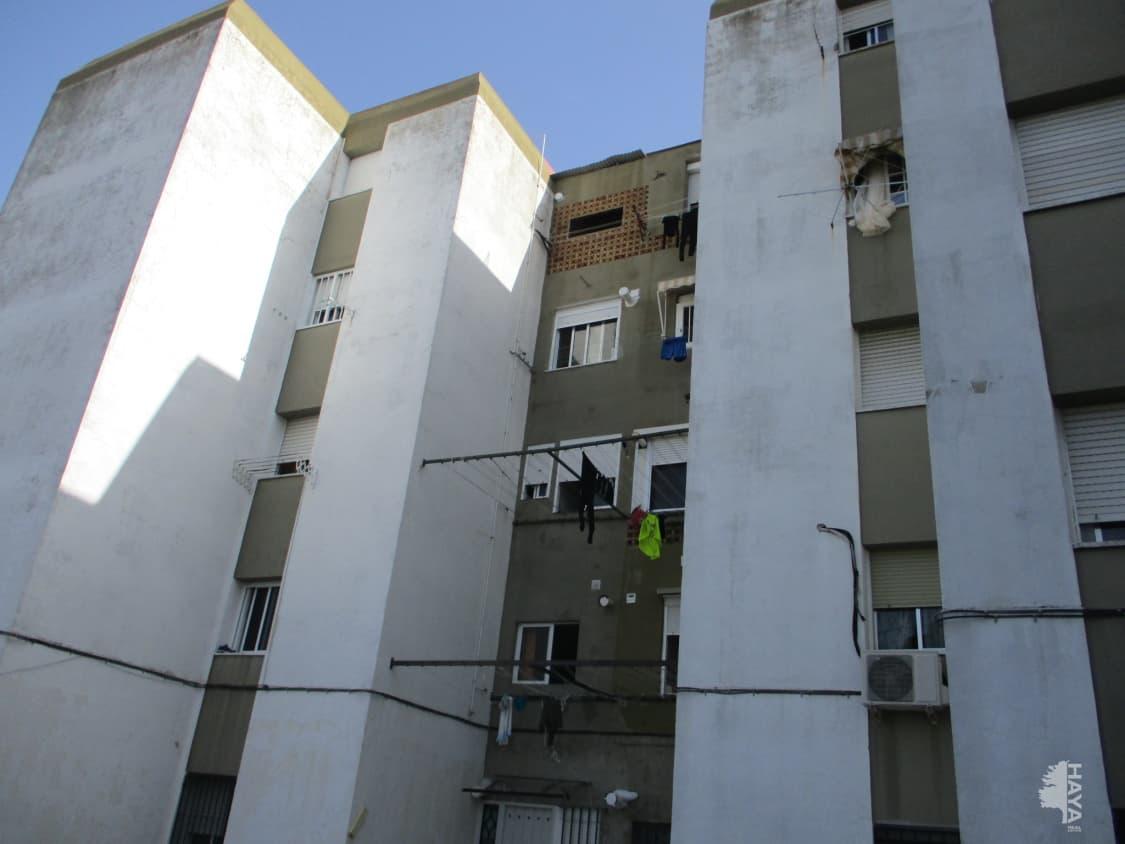 Piso en venta en Guadalcacín, Jerez de la Frontera, Cádiz, Plaza Benaocaz (de), 51.000 €, 2 habitaciones, 1 baño, 80 m2