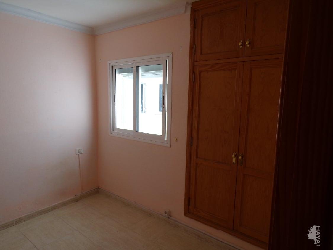 Piso en venta en Piso en Arrecife, Las Palmas, 85.000 €, 2 habitaciones, 1 baño, 55 m2