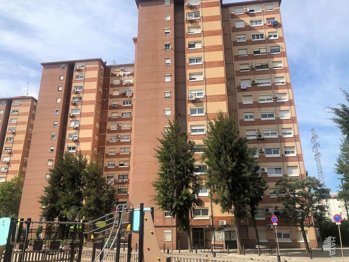 Piso en venta en Sant Ildefons, Cornellà de Llobregat, Barcelona, Calle Segarra (la), 105.100 €, 3 habitaciones, 1 baño, 66 m2