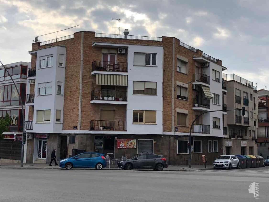 Piso en venta en Ègara, Terrassa, Barcelona, Calle Carrera Castellar, 92.000 €, 3 habitaciones, 1 baño, 85 m2