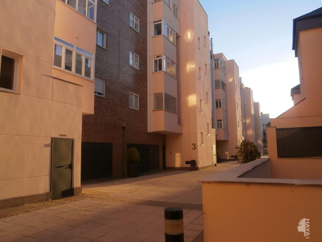 Piso en venta en Ávila, Ávila, Calle Lazarillo de Tormes., Pb, 125.000 €, 3 habitaciones, 2 baños, 112 m2