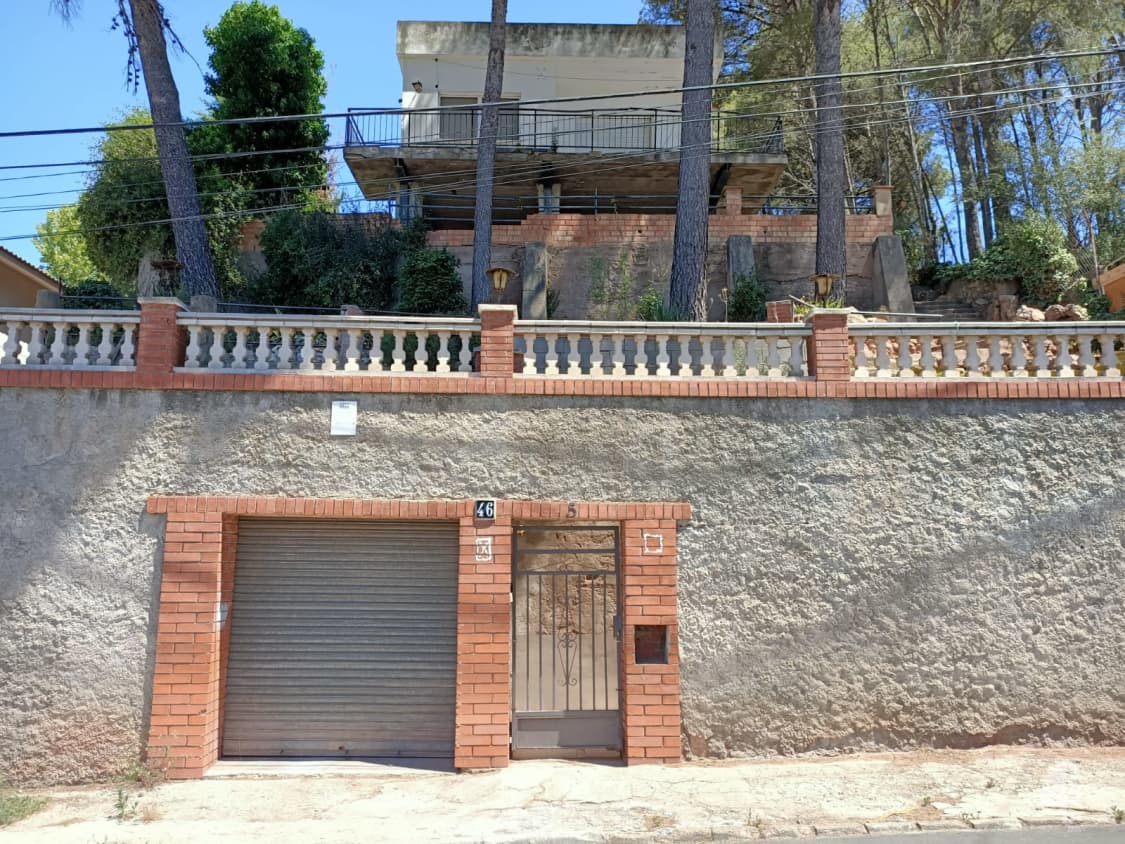 Piso en venta en Les Casetes D`en Julià, Vallirana, Barcelona, Calle Lourdes, 221.400 €, 4 habitaciones, 1 baño, 151 m2