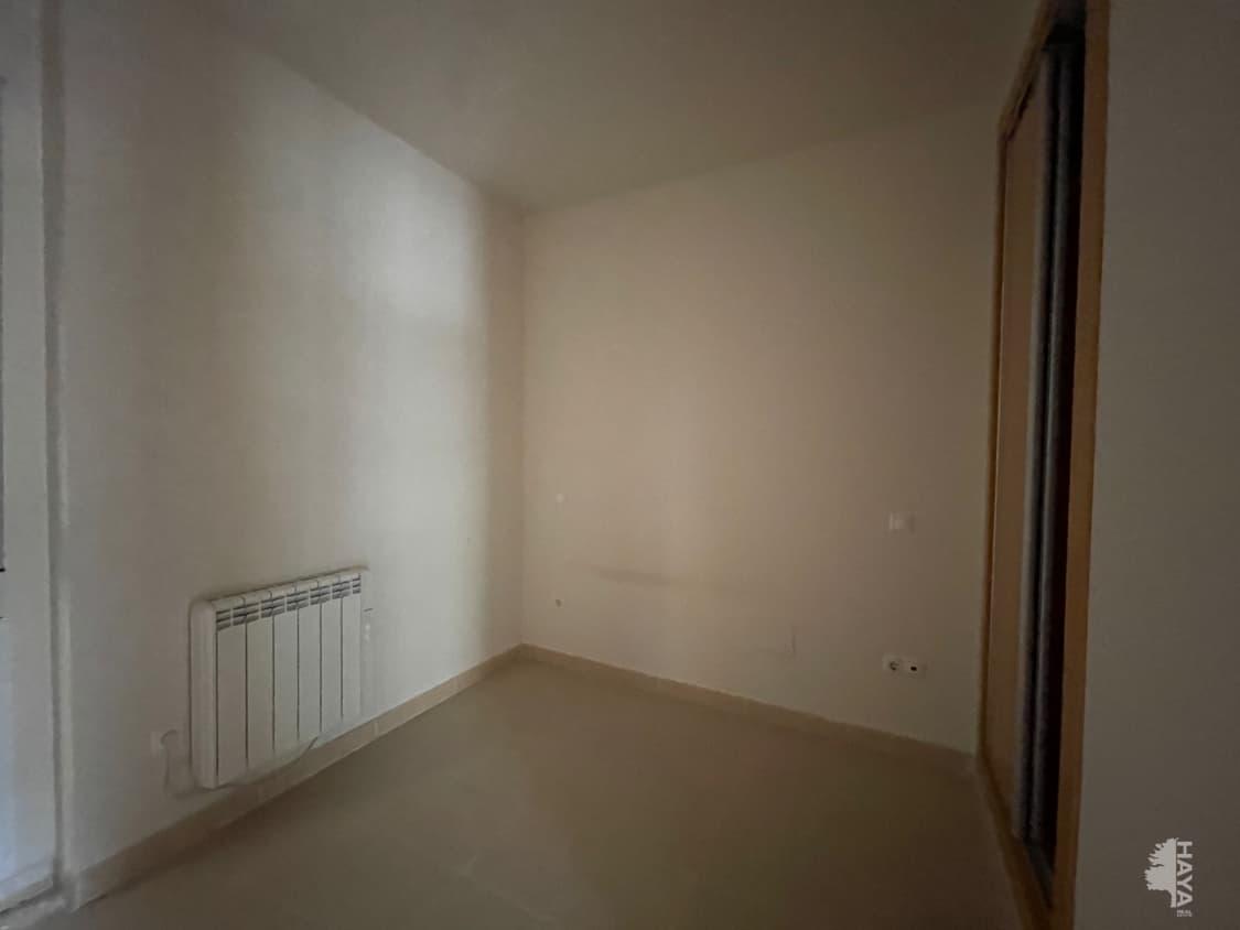 Piso en venta en Piso en Manzanares El Real, Madrid, 145.200 €, 3 habitaciones, 1 baño, 95 m2, Garaje