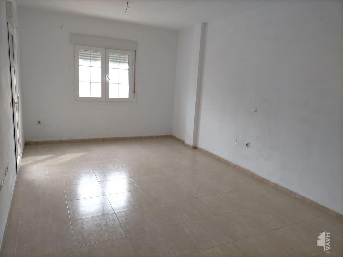 Piso en venta en Piso en Roquetas de Mar, Almería, 66.500 €, 3 habitaciones, 2 baños, 107 m2