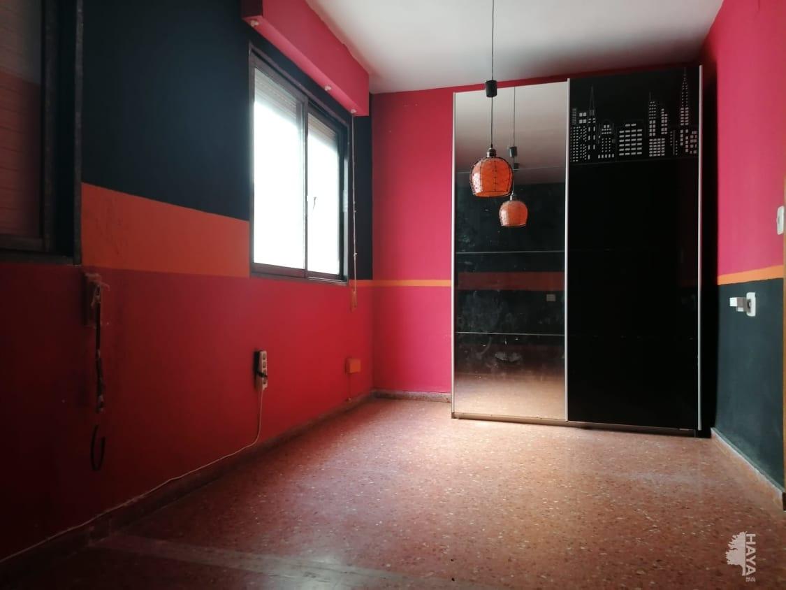 Piso en venta en Piso en Alginet, Valencia, 54.200 €, 3 habitaciones, 2 baños, 110 m2