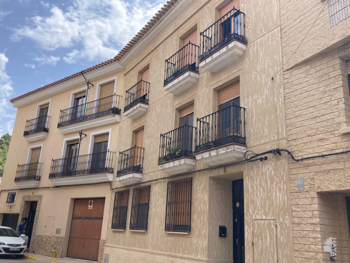 Piso en venta en Piso en Chinchilla de Monte-aragón, Albacete, 67.000 €, 2 habitaciones, 2 baños, 84 m2