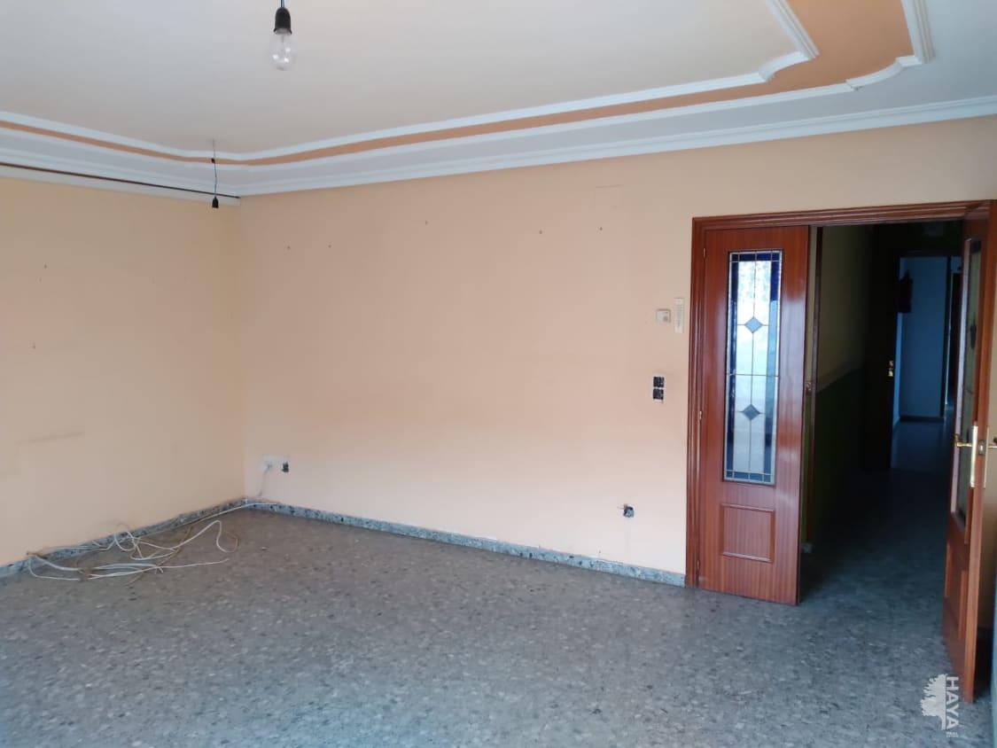 Piso en venta en Piso en Villarrobledo, Albacete, 91.000 €, 3 habitaciones, 2 baños, 113 m2
