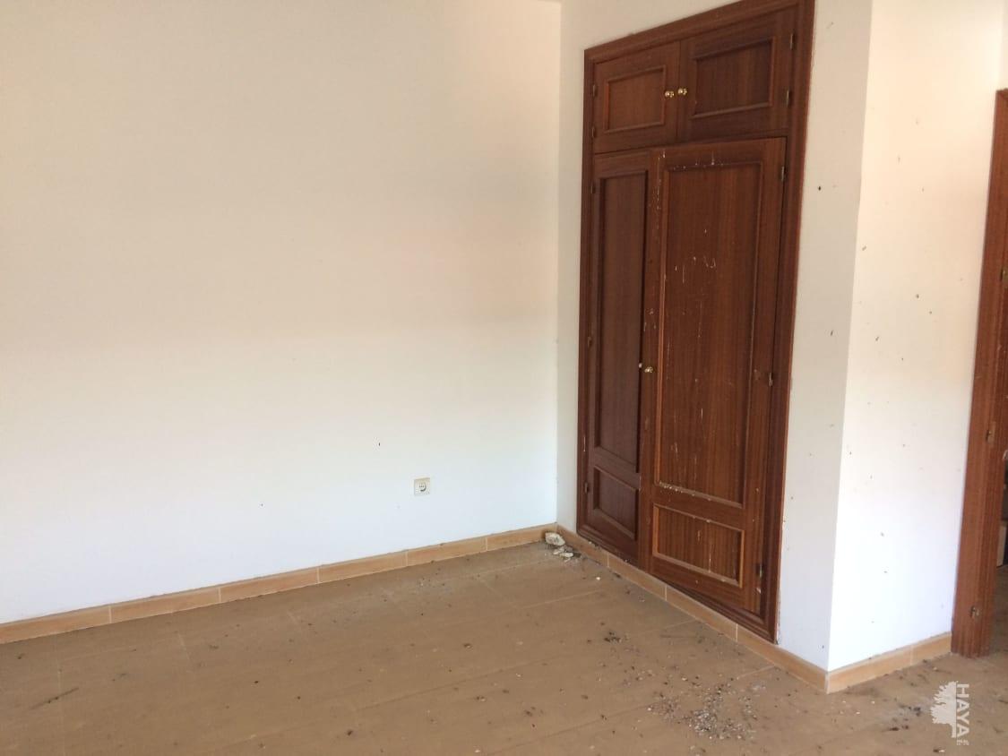 Piso en venta en Piso en Córdoba, Córdoba, 208.000 €, 4 habitaciones, 2 baños, 392 m2