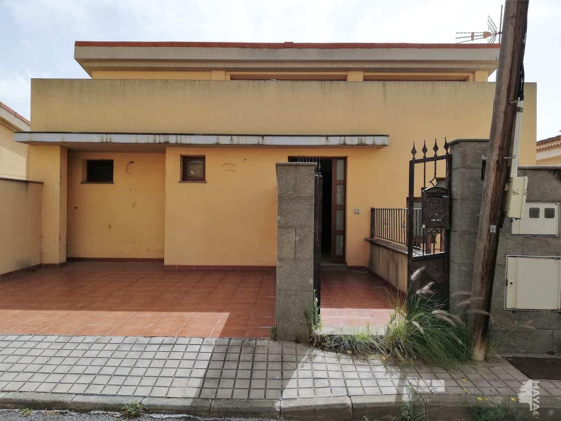 Casa en venta en Las Palmas de Gran Canaria, Las Palmas, Calle Procurador Jos Rivero Marrero, 262.000 €, 3 habitaciones, 2 baños, 231 m2