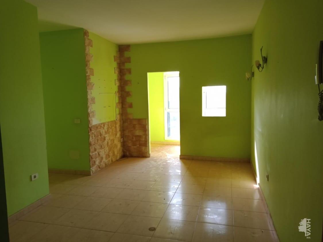 Piso en venta en Piso en Santa Lucía de Tirajana, Las Palmas, 74.300 €, 2 habitaciones, 1 baño, 59 m2