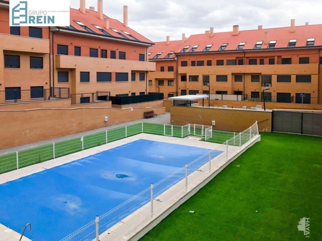 Piso en venta en Méntrida, Méntrida, Toledo, Calle Valconejo, 57.600 €, 3 habitaciones, 2 baños, 61 m2