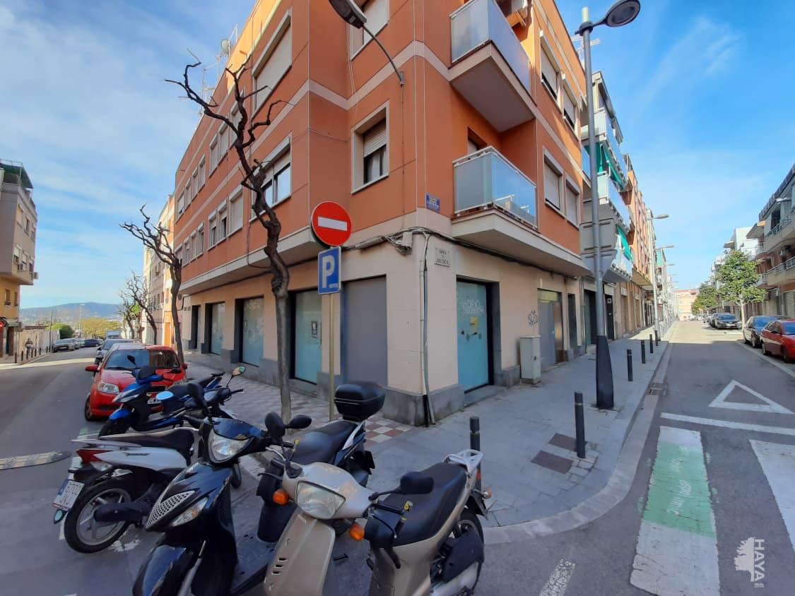 Local en venta en Local en Sant Joan Despí, Barcelona, 262.100 €, 109 m2