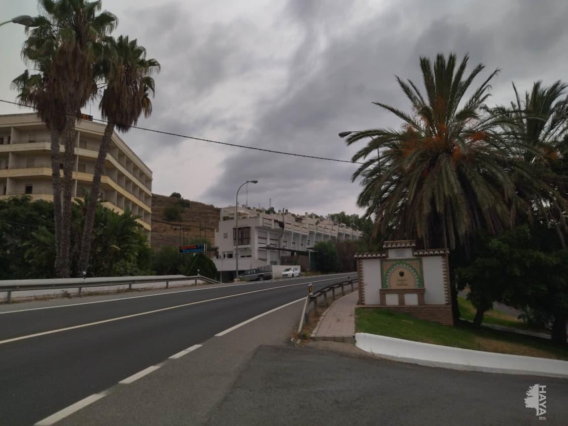 Casa en venta en Almuñécar, Granada, Carretera Nacional 340.taramy, 149.000 €, 2 habitaciones, 2 baños, 126 m2