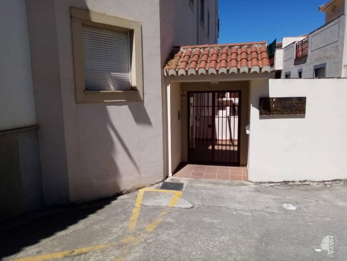 Piso en venta en Gójar, Granada, Calle Iglesia, 70.300 €, 2 habitaciones, 2 baños, 97 m2
